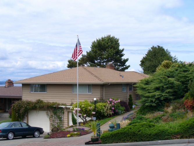 Seattle Roofing Installation Brown Home