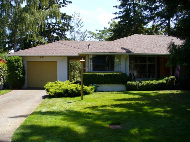 Redmond Home Roofing Replacement Project Using Composite Roofing Material